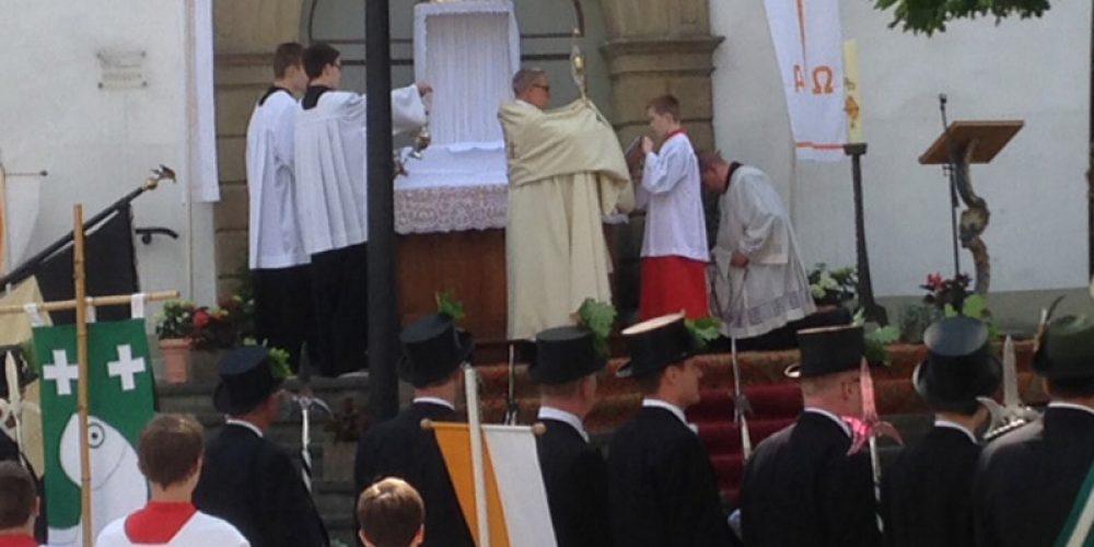 Prozessionen an Fronleichnam